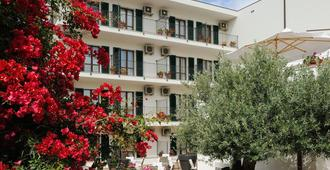 Hotel Angedras - אלגרו - בניין