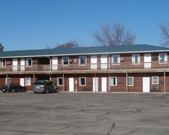 Cruise Inn RV Park and Lodging - Alexandria - Building
