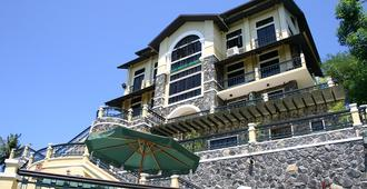 The Manor at Puerto Galera - Puerto Galera - Toà nhà