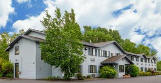 Rodeway Inn - Rhinelander