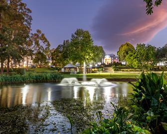 Crowne Plaza Hawkesbury Valley - Windsor - Buiten zicht