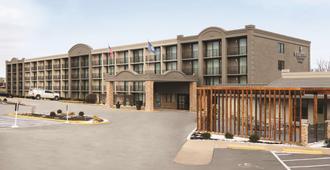 Country Inn & Suites by Radisson Erlanger, KY - Эрлангер