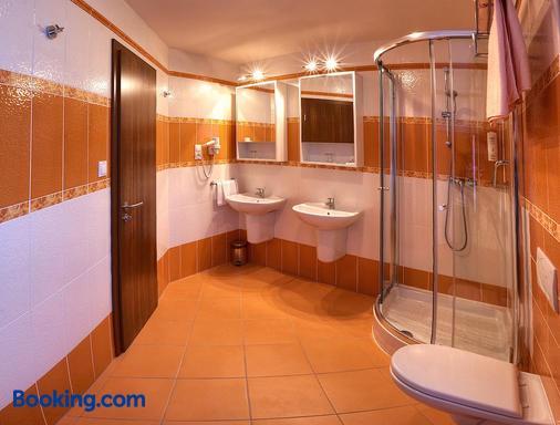 Hotel Club - Kežmarok - Bathroom