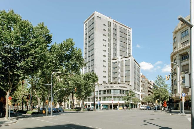 Hesperia Presidente - Barcelona - Toà nhà