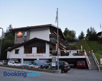 Hotel Restaurant Chesa - Flims - Building