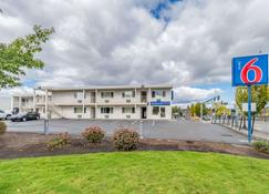 Motel 6 Beaverton - Beaverton - Building