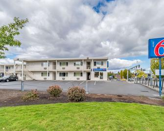 Motel 6 Beaverton - Beaverton - Edificio