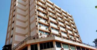 Hotel Poonja International - Mangalore
