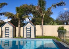 Rosebud Motel - Rye - Pool