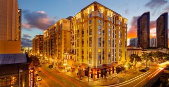 Residence Inn by Marriott San Diego Downtown/Gaslamp Quarter - San Diego - Building