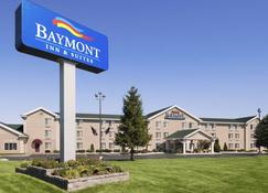 Baymont by Wyndham Mackinaw City - Mackinaw City - Κτίριο