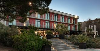 AC Hotel by Marriott Gava Mar Airport - Gavà