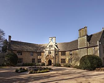 Foxhill Manor - Broadway - Gebouw