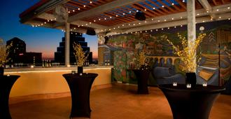 Courtyard by Marriott Austin Downtown/Convention Center - Ώστιν - Βεράντα