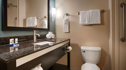 Best Western Plus JFK Inn & Suites - Houston - Kylpyhuone