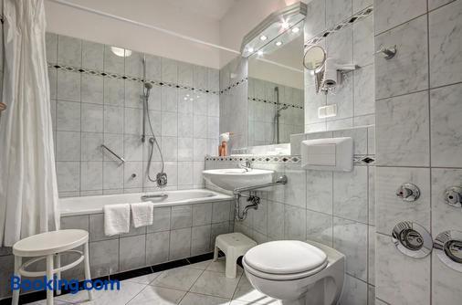 Haus Seeblick Hotel Garni & Ferienwohnungen - Zinnowitz - Bathroom