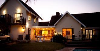 Sylvan Grove Guest House - אמהלאנגה