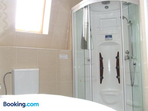 Pensiunea Caramell - Cluj Napoca - Phòng tắm