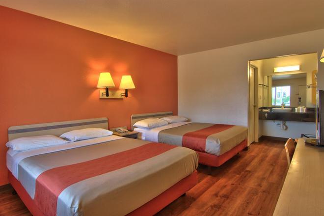 Motel 6 Sacramento North - Sacramento - Habitación