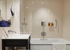 The Clermont London, Victoria - London - Bathroom