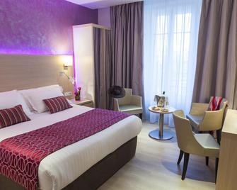 Best Western Plus Hotel Carlton - Annecy - Bedroom