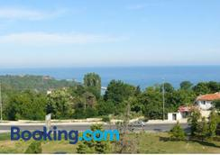 Villa Climate Guest House - Varna - Outdoors view