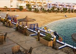 Dolphin Beach Resort (Families Only) - Yanbu - Building