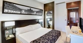 Hotel Sercotel Las Torres Salamanca - Salamanca - Soverom