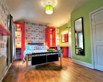 Portrush Holiday Hostel - Portrush - Bedroom