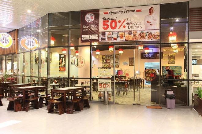 Zest Hotel Airport Jakarta - Tangerang City - Restaurant