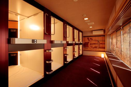 澀谷撫子飯店- 只招待女士 - 東京 - 門廳