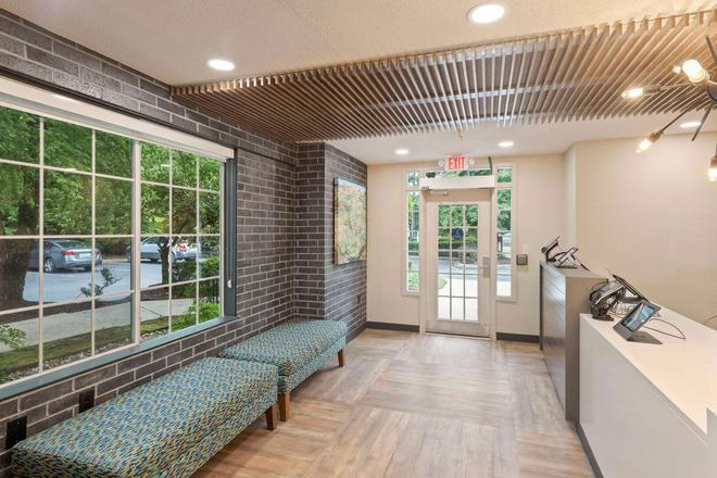 Extended Stay America - Charlotte - Airport - Charlotte - Lobby