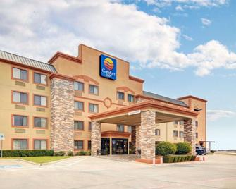 Comfort Inn - Grapevine - Building