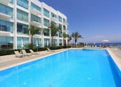 Coralli Spa Resort & Residence - Protaras - Pool