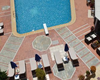 Christina Beach Hotel - Кіссамос - Pool