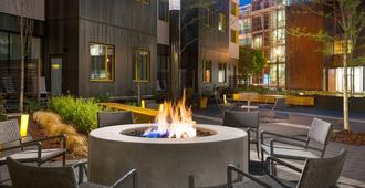 Residence Inn by Marriott Portland Downtown/Pearl District - Portland - Patio