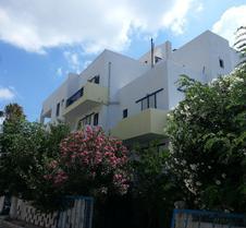 Kaloxenia Apartments