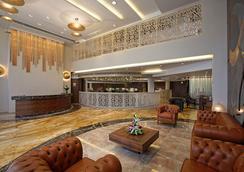 Bizz The Hotel - Rajkot - Vastaanotto