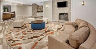 Homewood Suites by Hilton Indianapolis Keystone Crossing - Indianapolis - Lounge