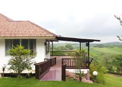 Eden Hill Resort - Ban Mo Takhian