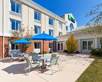 Holiday Inn Express & Suites Sylva - Western Carolina Area - Sylva - Terasa