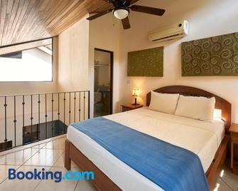 Tamarindo Blue Apartments - Tamarindo - Bedroom