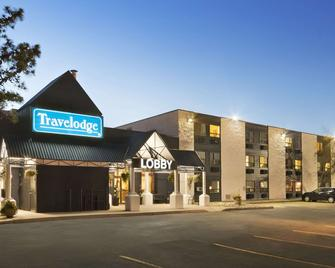Travelodge by Wyndham Edmonton South - Edmonton - Building