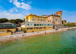 Hotel Estée - Desenzano del Garda - Edifício