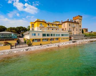 Hotel Estée - Desenzano del Garda - Bina