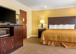 Quality Inn near Mountain Creek - McAfee - Bedroom
