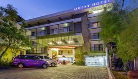 Quest Hotel Kuta By Aston - Kuta - Edificio