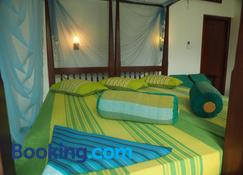 Main Reef Guest House - Galle - Bedroom