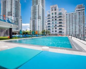 The Guild Downtown | X Miami - Miami - Pool