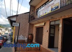 Hotel Nuevo Cupatitzio - Uruapan - Building